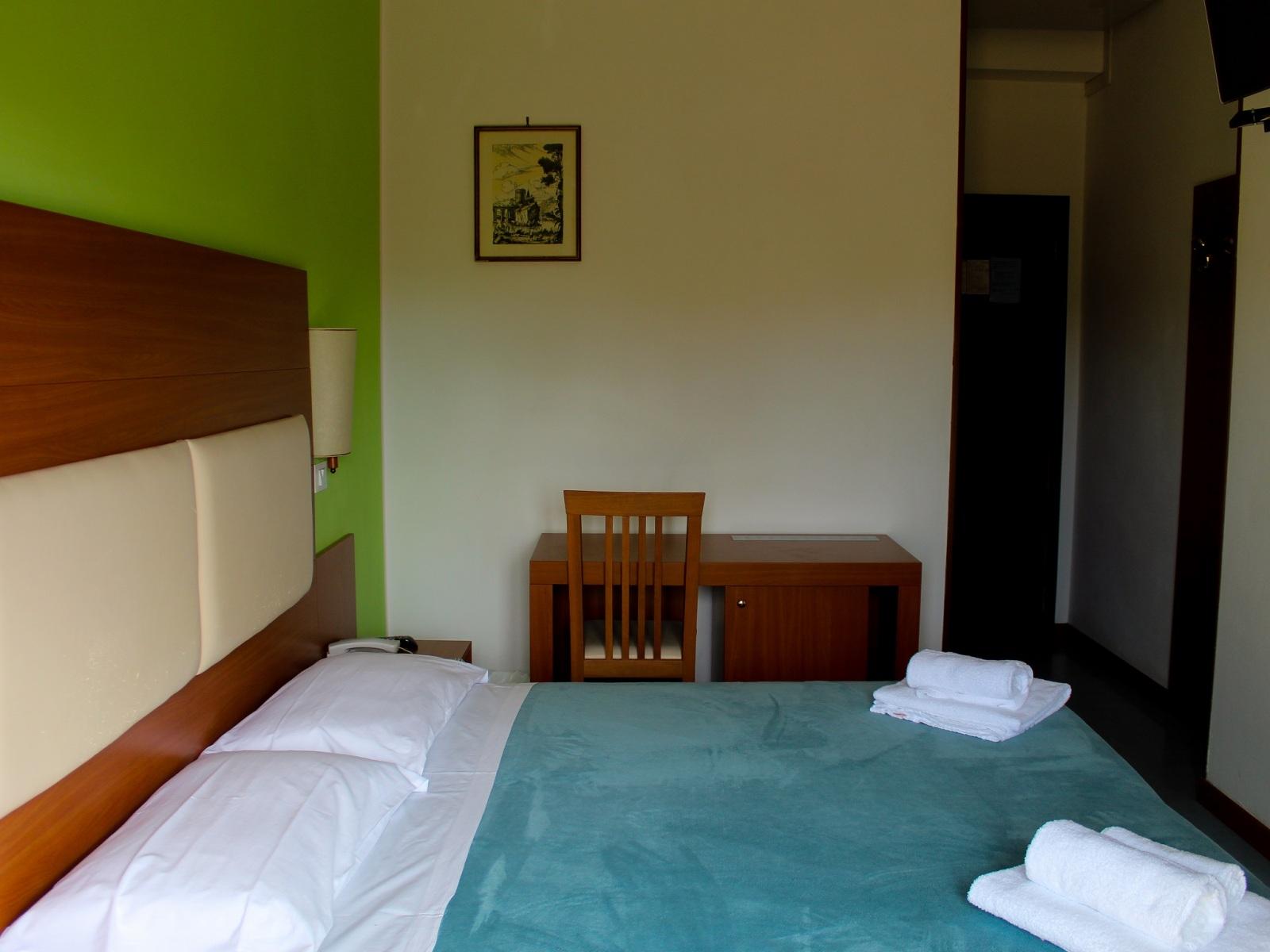 Base-Hotel-Helios-camera-da-sud